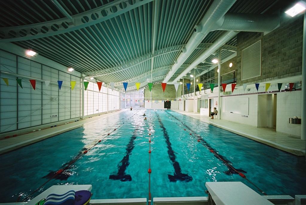 Queenswood school swimming pool meb design ltd for Pool design school